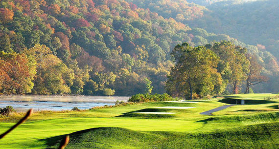 fall foliage at pete dye river course