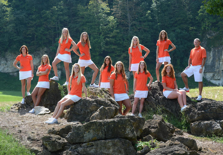 womens virginia tech golf team at pete dye river course
